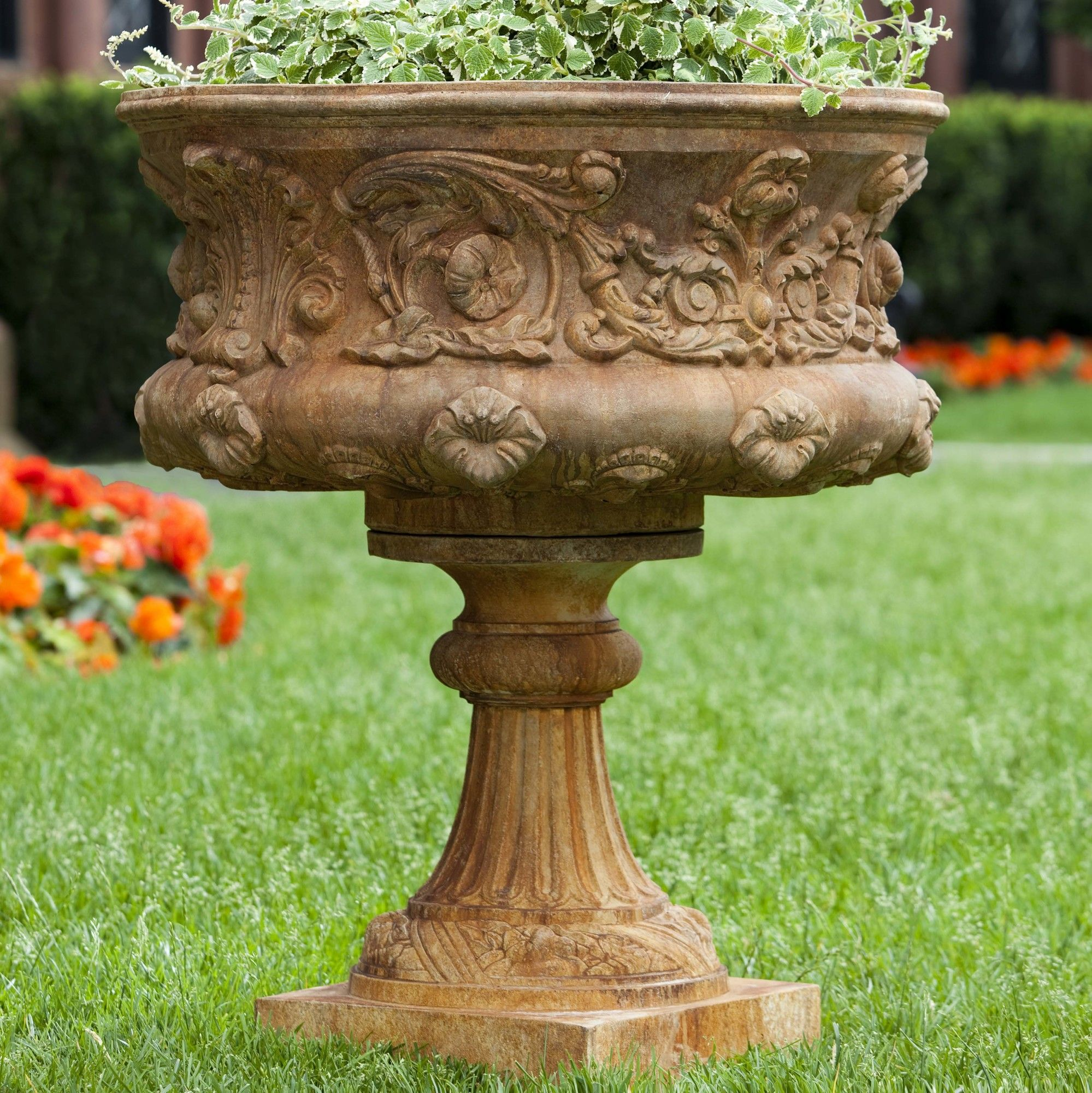 pros chesapeake art smithsonian urn planter garden outdoor urns products