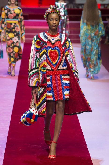 Dolce And Gabbana, Весна Лето 2018, Милан, Womenswear   DG ss18 фото ... 430285dd662