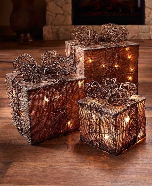 Christmas 3 Gift Lighted Yard Set Boxes Decor Red Green Natural Presents Present