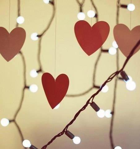 Que la navidad sea una buena excusa para abrir los corazones. Bon Nadal desde Librería Síntesis.