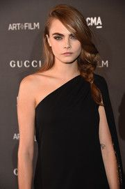 Cara Delevingne Loose Braid #loosebraids Cara Delevingne Loose Braid #loosebraids