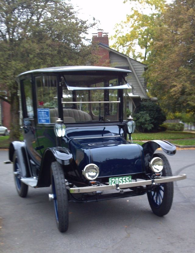 1917 Detroit Electric Brougham Charged Up For Another Century