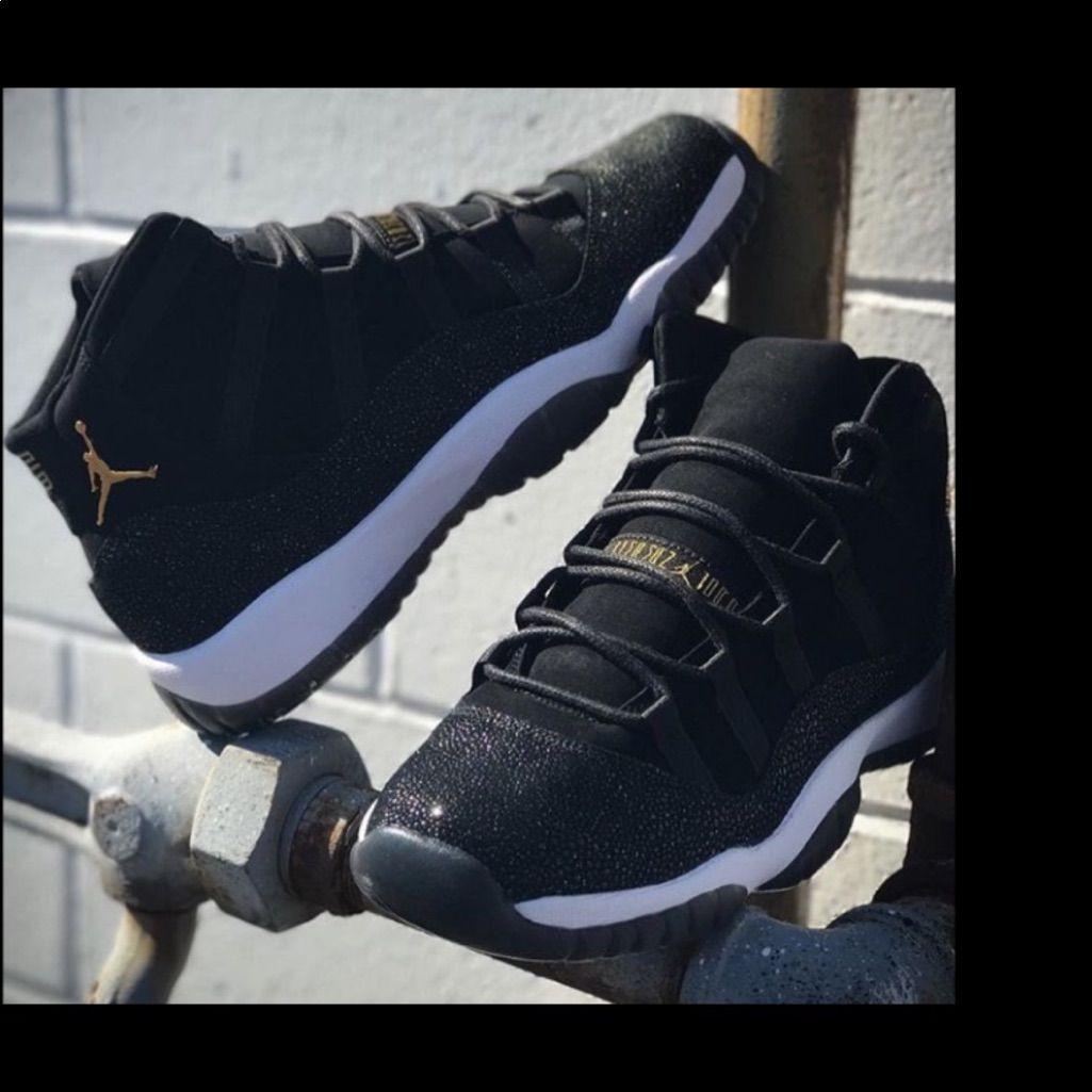 online retailer d91d2 9866b Jordan Shoes | Jordan 11 | Color: Black/Gold | Size: 7.5 ...