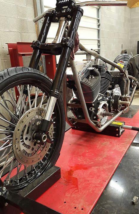 custom softail motorcycle frames. Kraft Tech Custom Softail Frame On PRO 1200 Motorcycle Lift Frames R