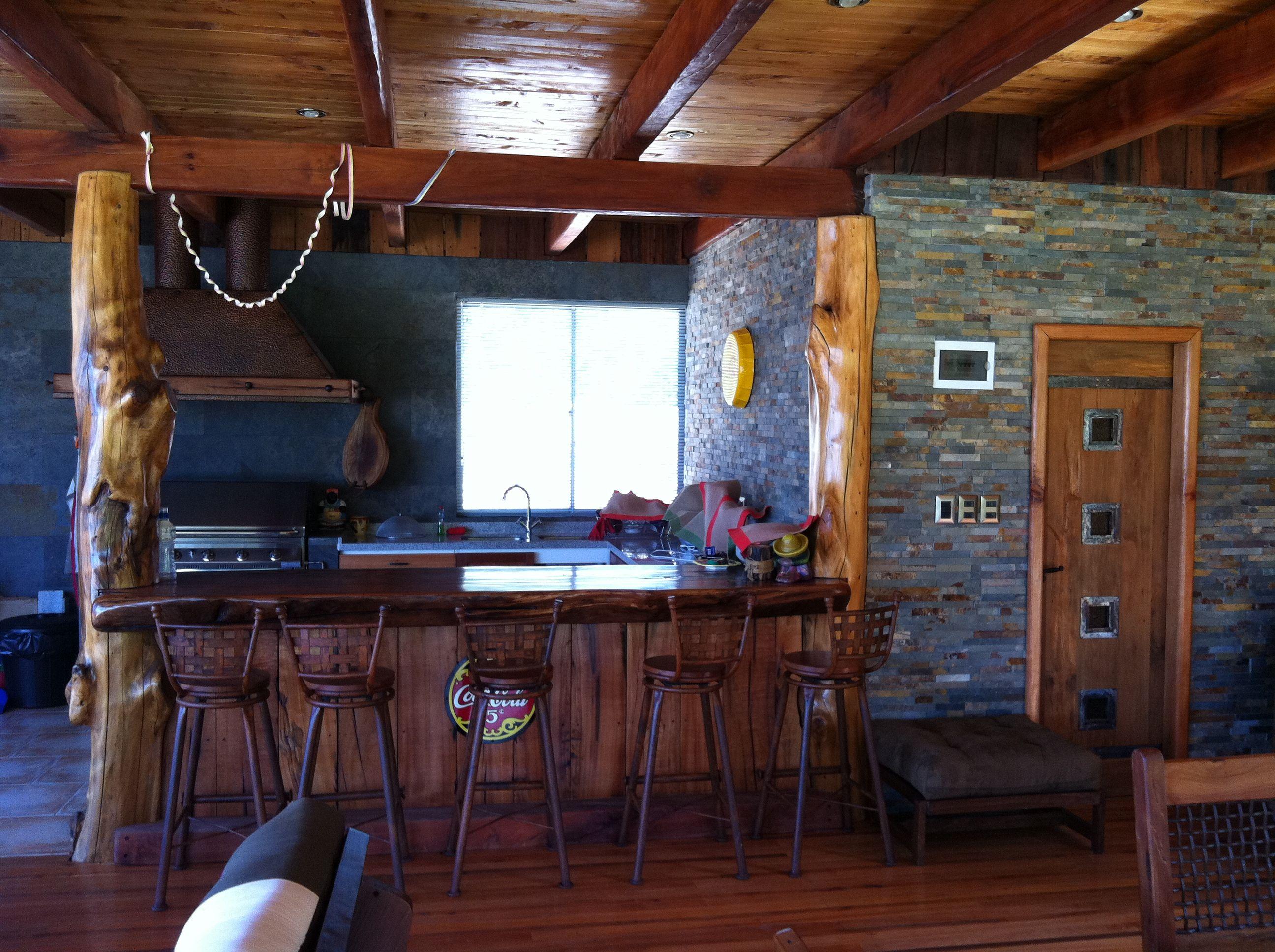 proyecto aculeo interior de quincho living comedor y bar