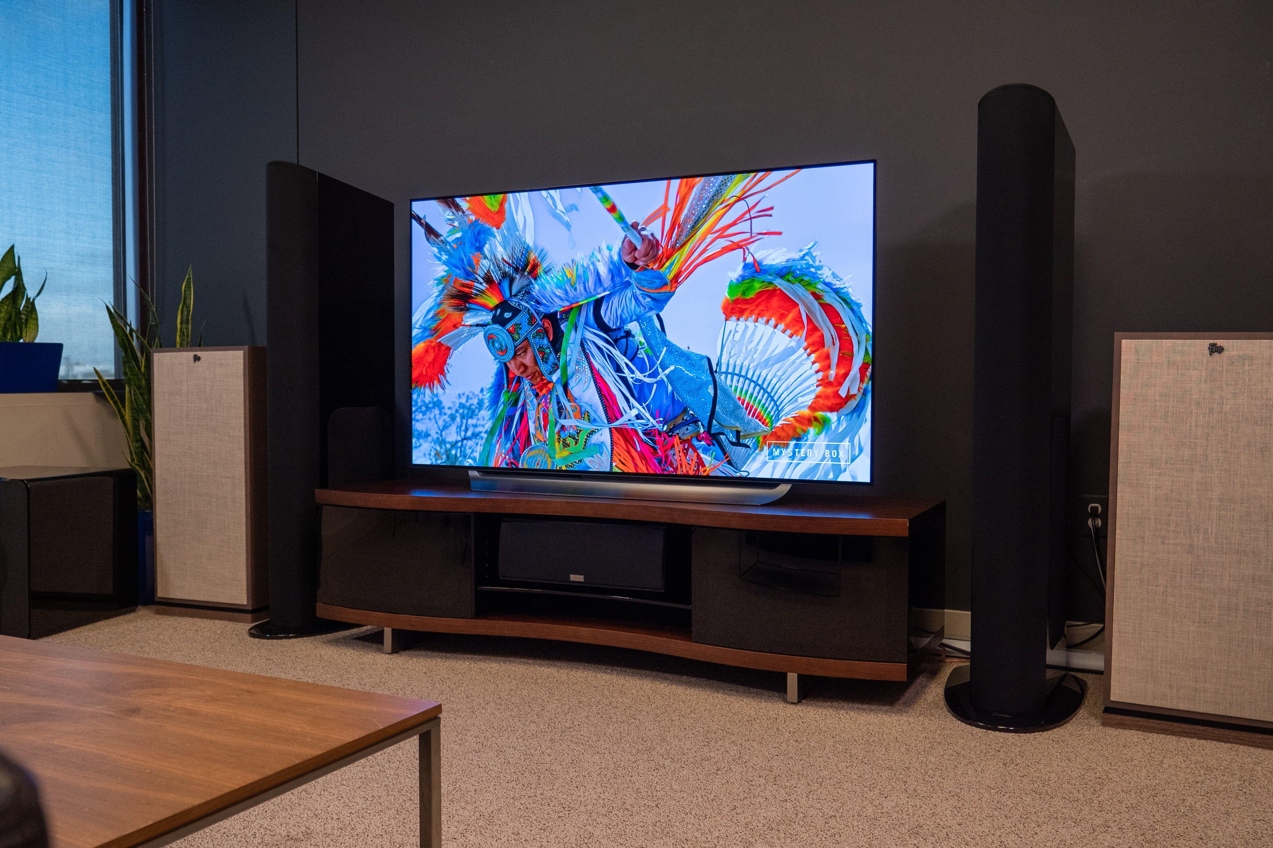 Best Black Friday Tv Deals 2020 Hdtvs 4k Tvs 8k Tvs Digital Trends 4k Tv Black Friday Tv Deals Smart Tv