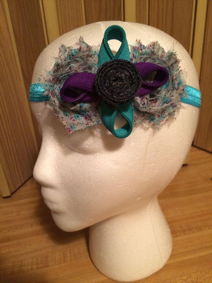 Denim Headband $7  Se pueden hacer / montar en otras combinaciones de COLOR...