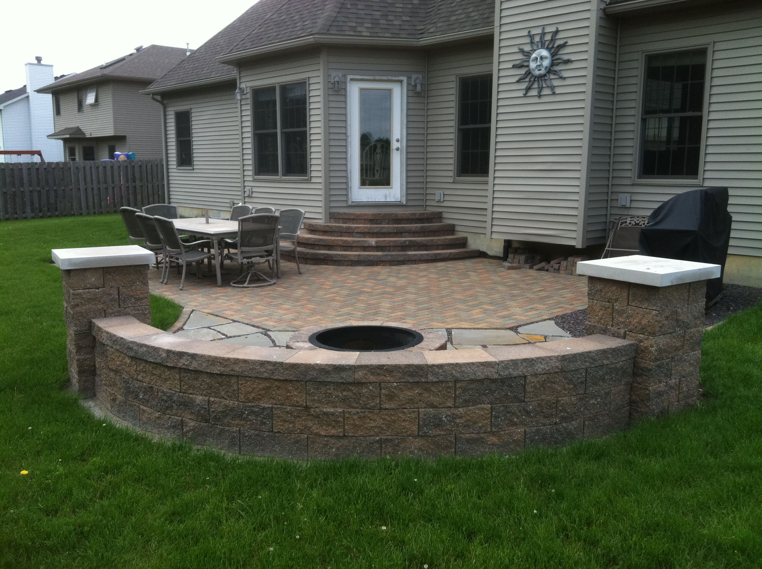 hardscape bench versa lok bench and stairs outdoor ideas