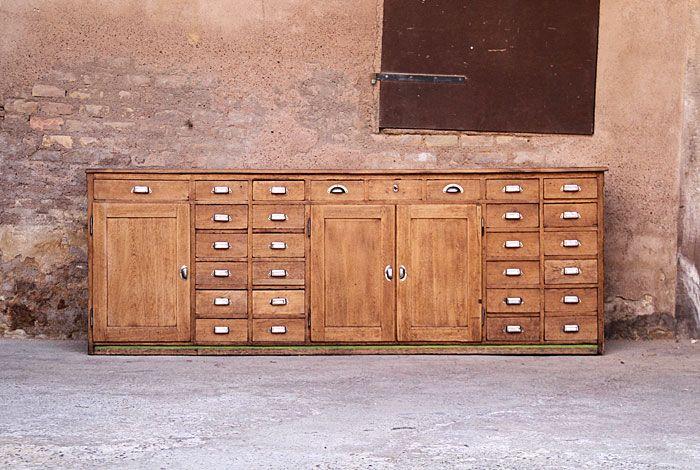 Ancien comptoir du0027épicerie en chêne rénové \ relooké Meubles salon - Repeindre Un Meuble En Chene