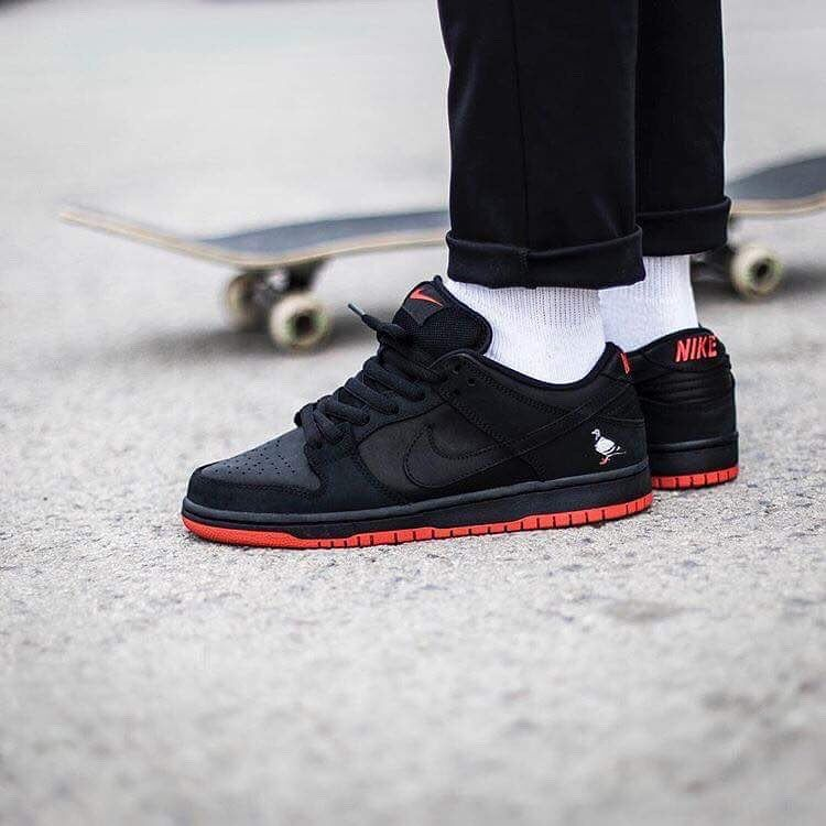 low priced cfffc dd0b4 Staple x Nike SB Dunk Low
