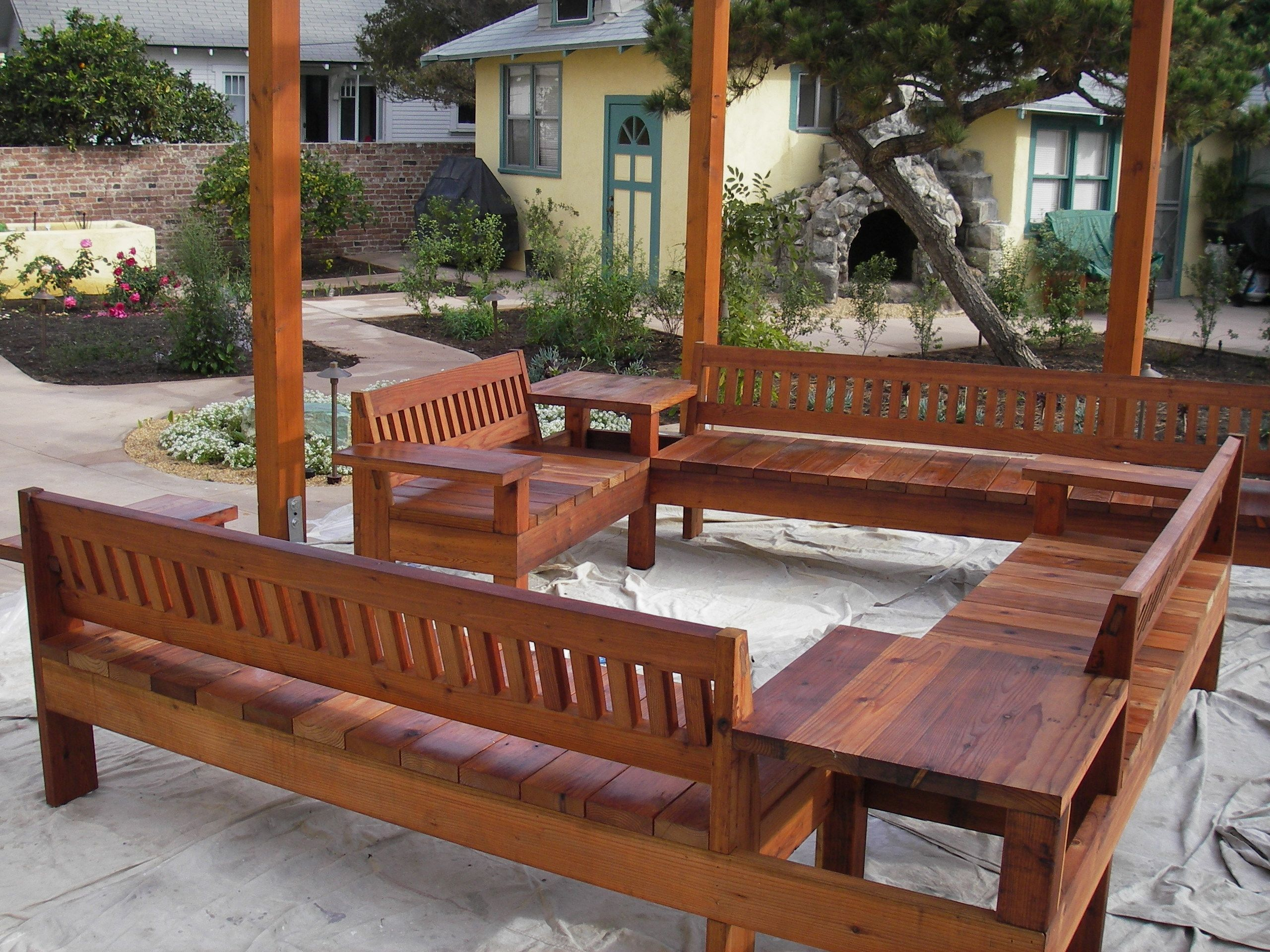 Outdoor Redwood Patio Furniture