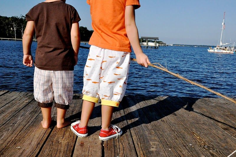 Fisherboy shorts tutorial from Katy Dill.
