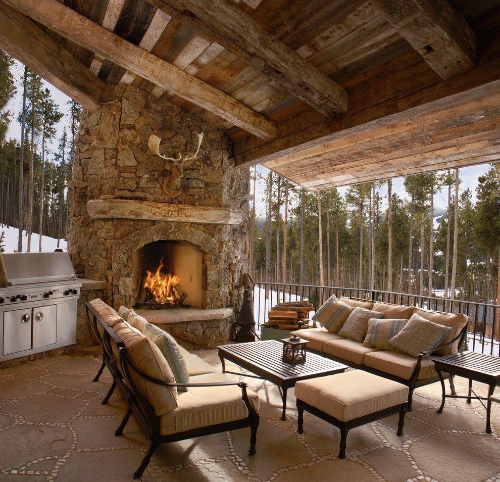 Salon rustico con techo madera techos de madera patio r stico chimeneas y casas - Techos de madera rusticos ...
