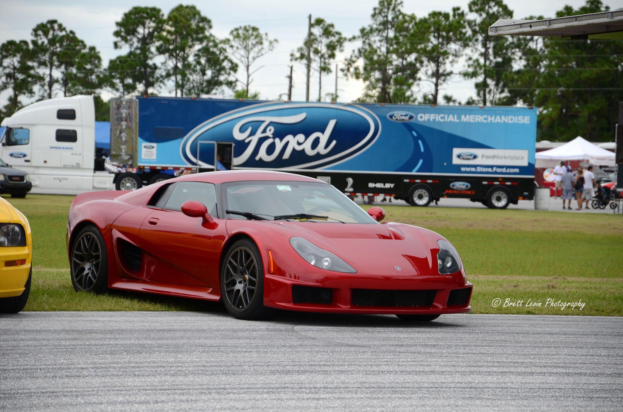 Rossion Q1 Automobile Ford Dream Garage