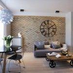 Пост-индустриален апартамент във Варшава с изчистен и впечатляващ дизайн