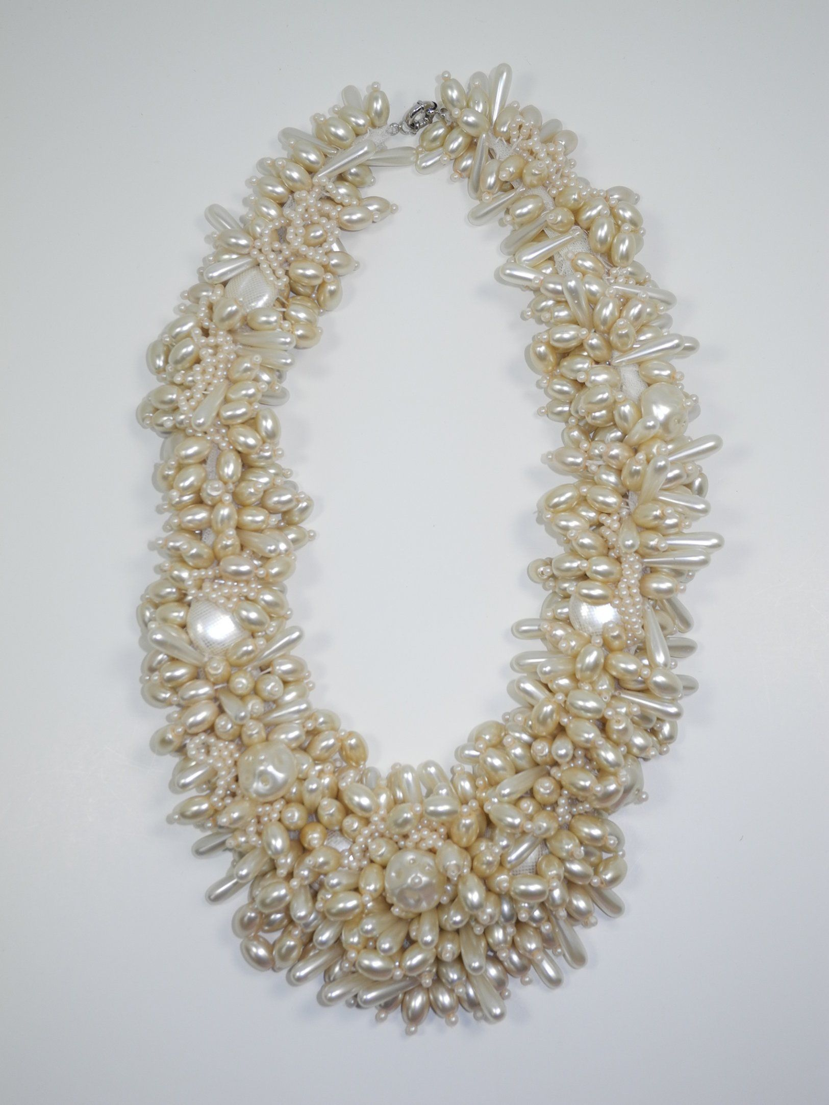 Chunky vintage inspired glass pearls embroidered on a soft tulle. Gorgeous for any occasion. @DeslaCouture