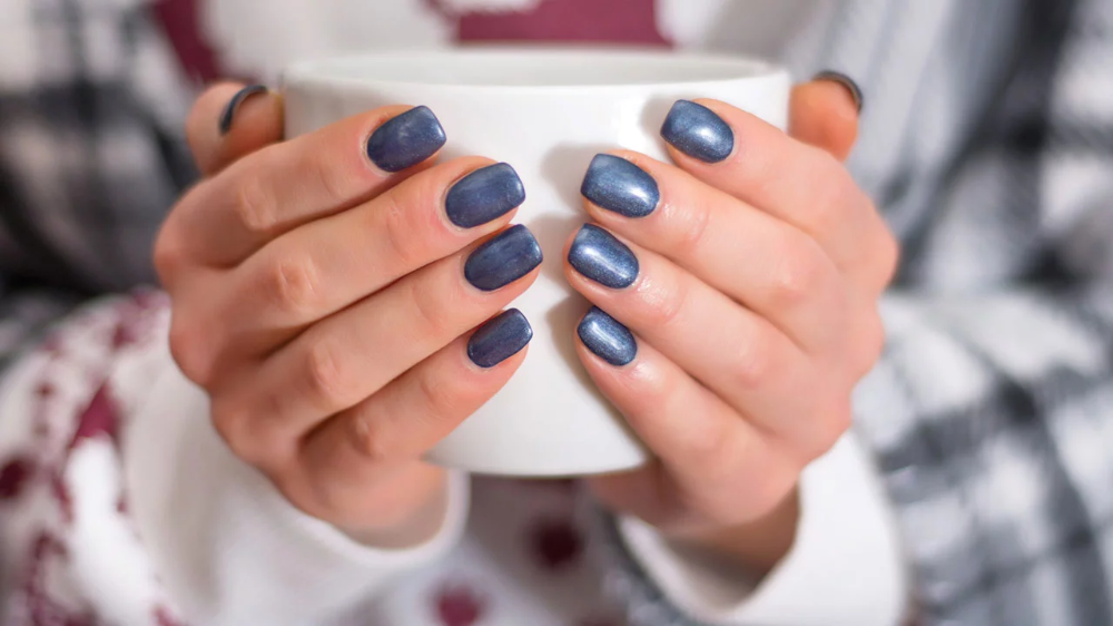 27 Winter Nail Colors and Design Ideas for 2019