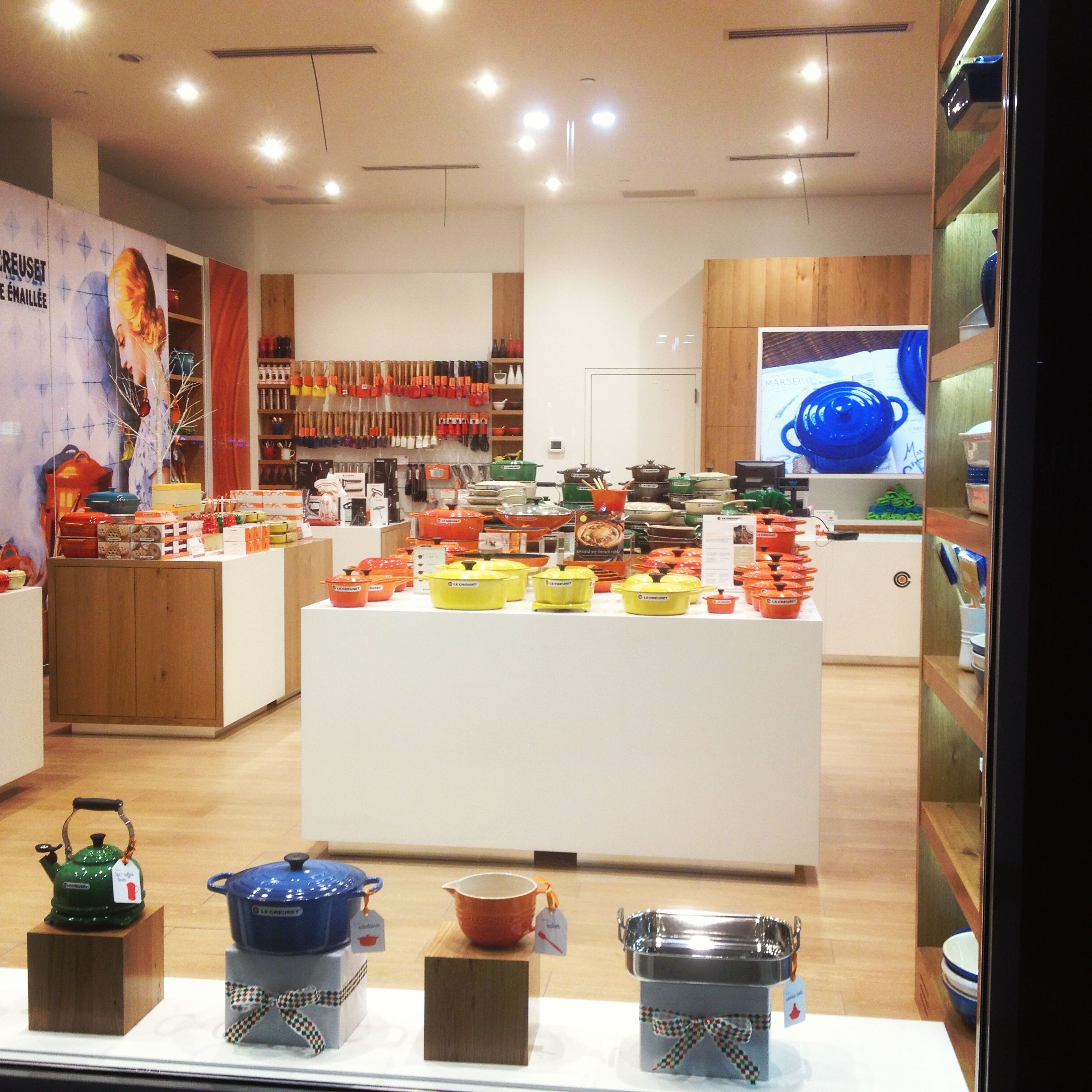 New Lewis Creuset Store in Huntington Station, Ny