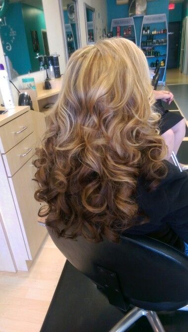 Curls ...#ruthannhair.....hollywood glamour