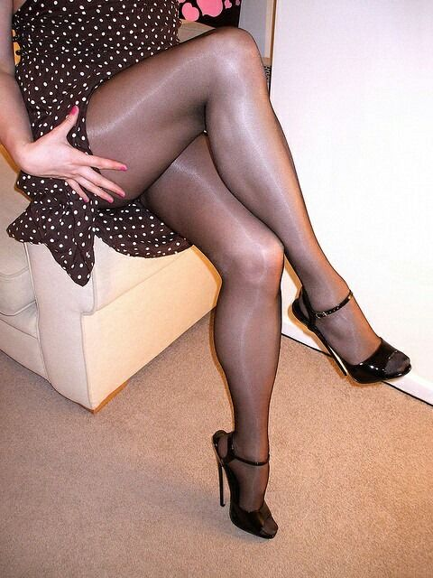 af0b831a929f For nylons like these visitwww.pearl-poseidon.com Pantyhose Legs