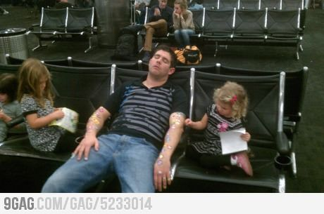 Why you don't fall asleep in an airport