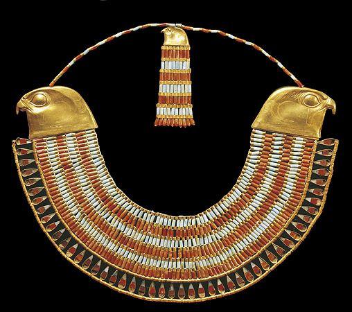 Horus collar