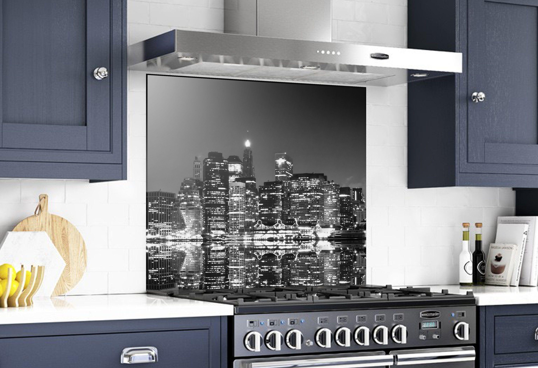 Elite Glass Services Can Help You Make A Statement With A Custom Glass Backsplash For Your Kitchen Or Bar Glass Backsplash Kitchen Glass Backsplash Backsplash