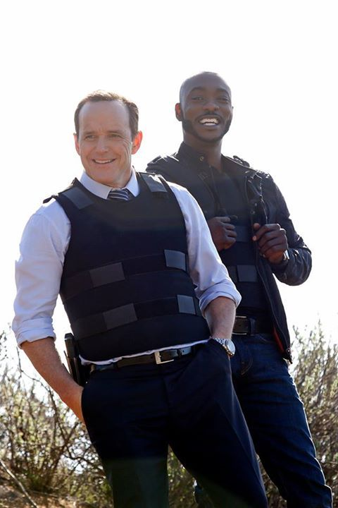 Phil Coulson And Antoine Triplett Agents Of S H I E L D Season 1 Agents Of Shield Phil Coulson Marvel