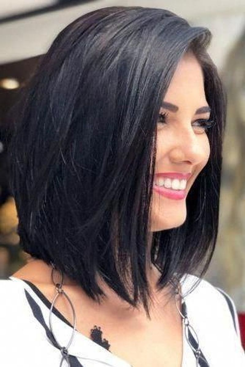 2020 Hair Trends For Women Over 40 Long 2020 Hair Trends For Women Over 40 In 2020 Wavy Bob Hairstyles Long Bob Haircuts Bob Hairstyles