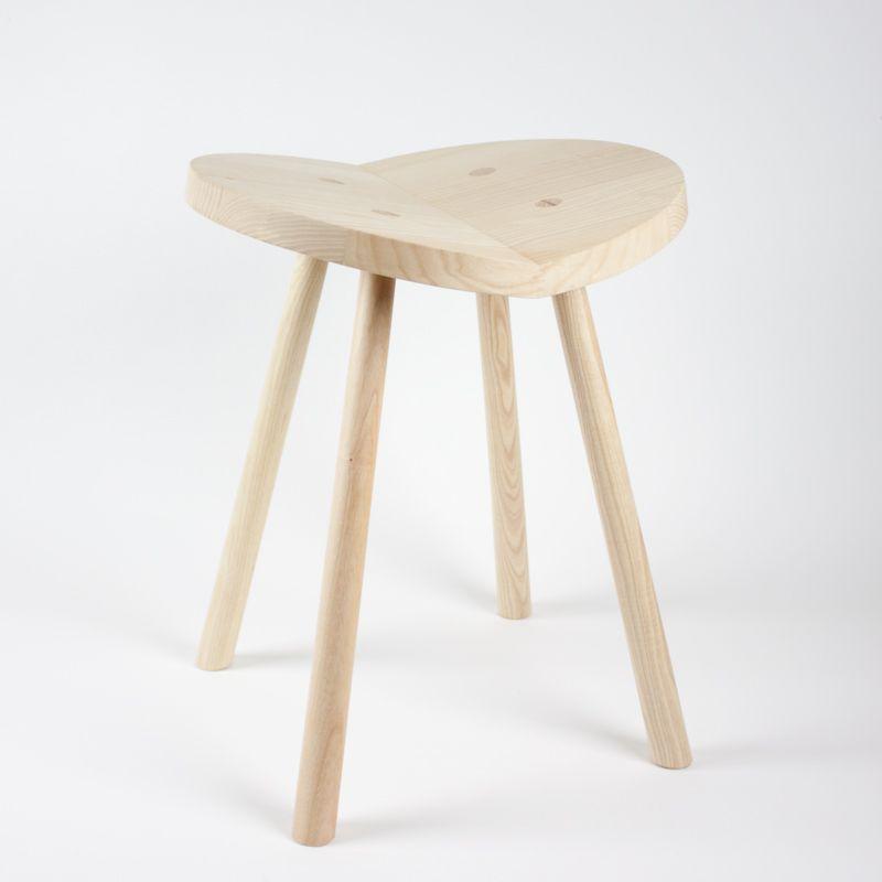 Heart-shaped stool designed by Alex Hellum <3<3<3