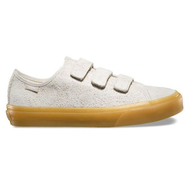 Vans Fuzzy Suede Style 23 V (€58) ❤ liked on Polyvore featuring shoes