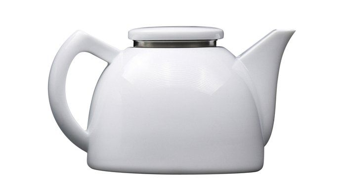 definitely needing this modern softbrew teapot in my home.