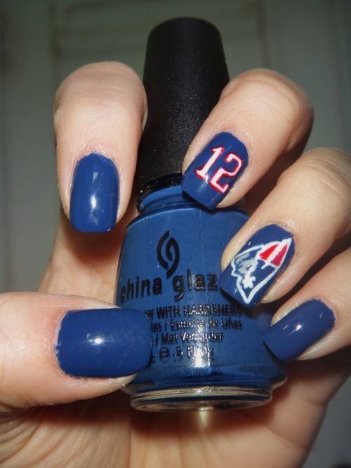 Nails To Support The New England Patriots And Number 12 Tom Brady In The Upcoming Xlix Super Bowl Pmtslife Football Nails Football Nail Art Super Bowl Nails