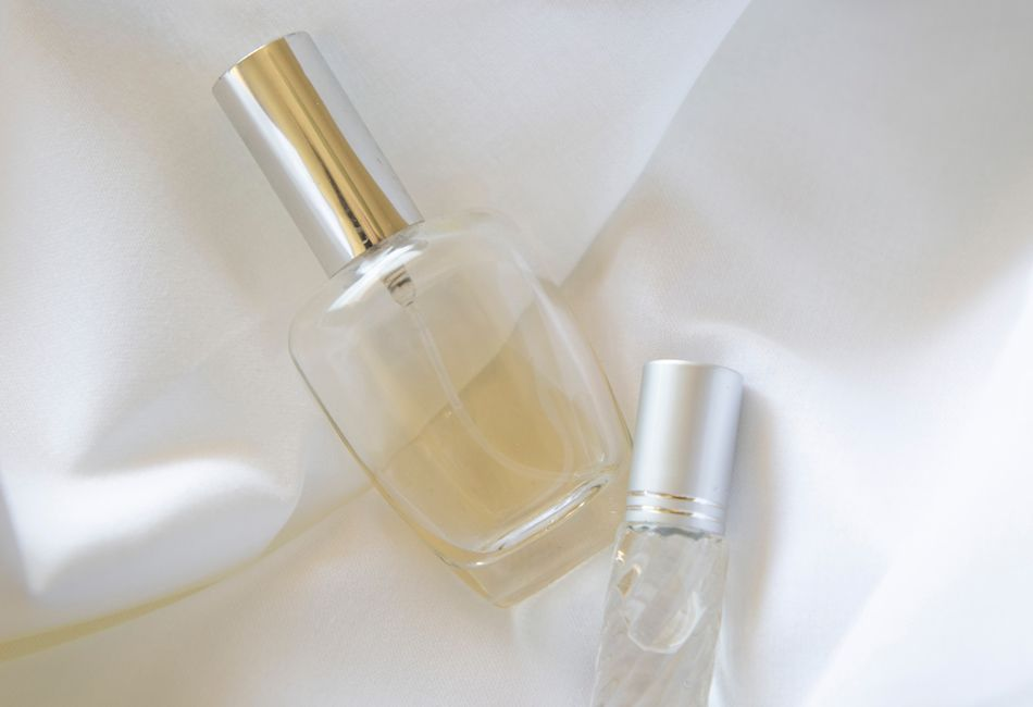 Die komplette Liste: Über 250 Parfum Dupes, die genau wie