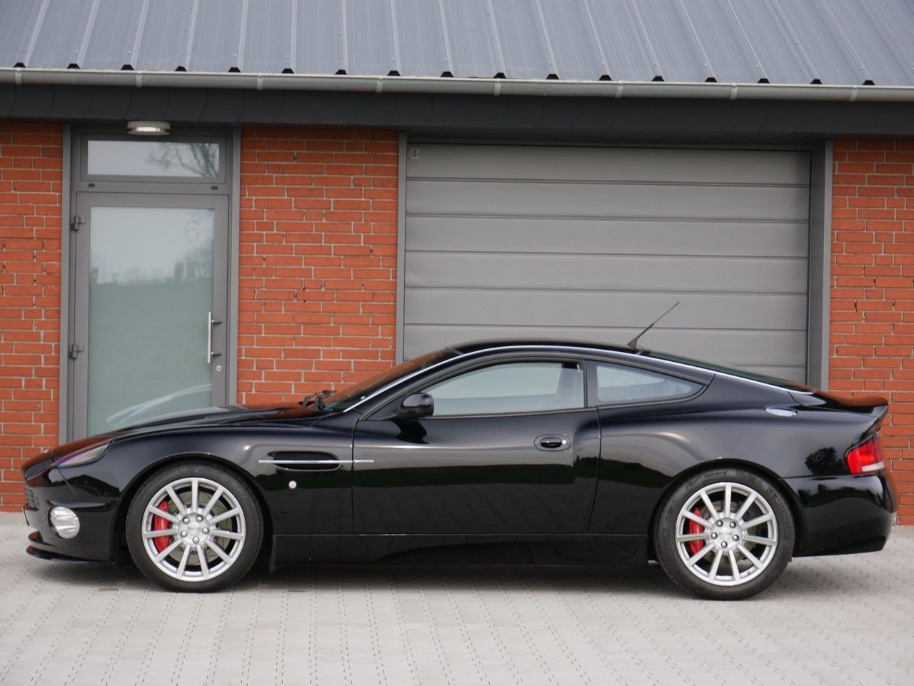 2007 Aston Martin Vanquish S Ultimate Edition One Of Only 30 Lhd Made Classic Driver Market Aston Martin For Sale Aston Martin Aston Martin Vanquish