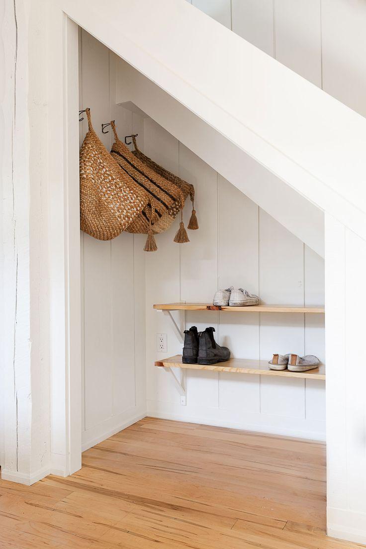 32++ Garderobe unter der treppe ideen