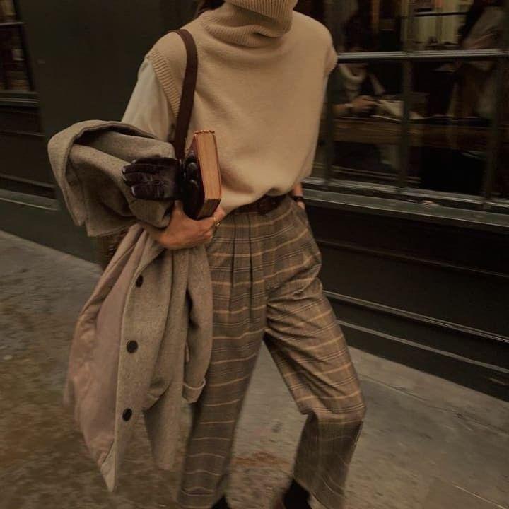 Dark Academia in 2020 | Aesthetic fashion, Aesthetic ...