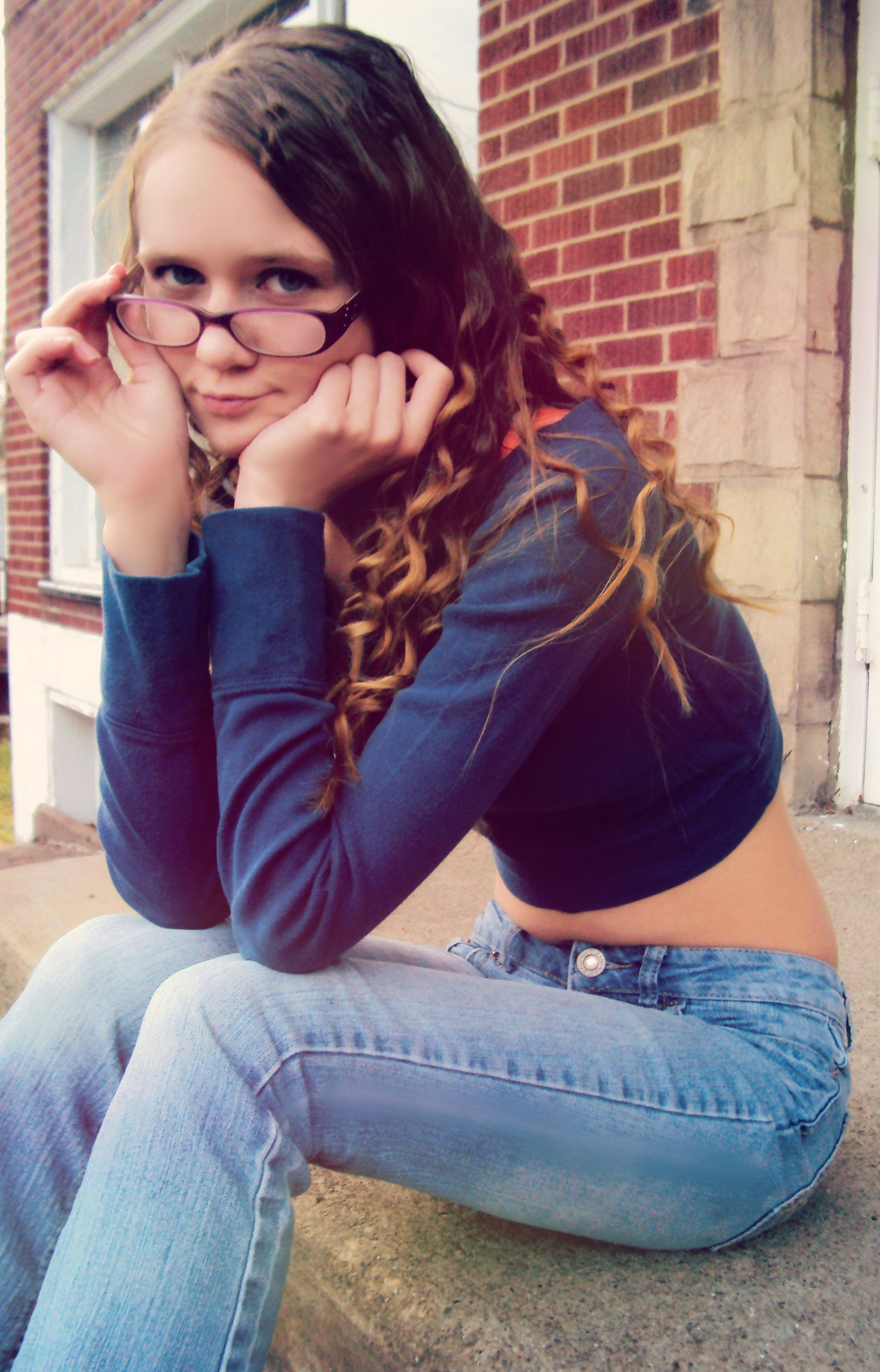 hot librarian look (With images) | Mom jeans, My best