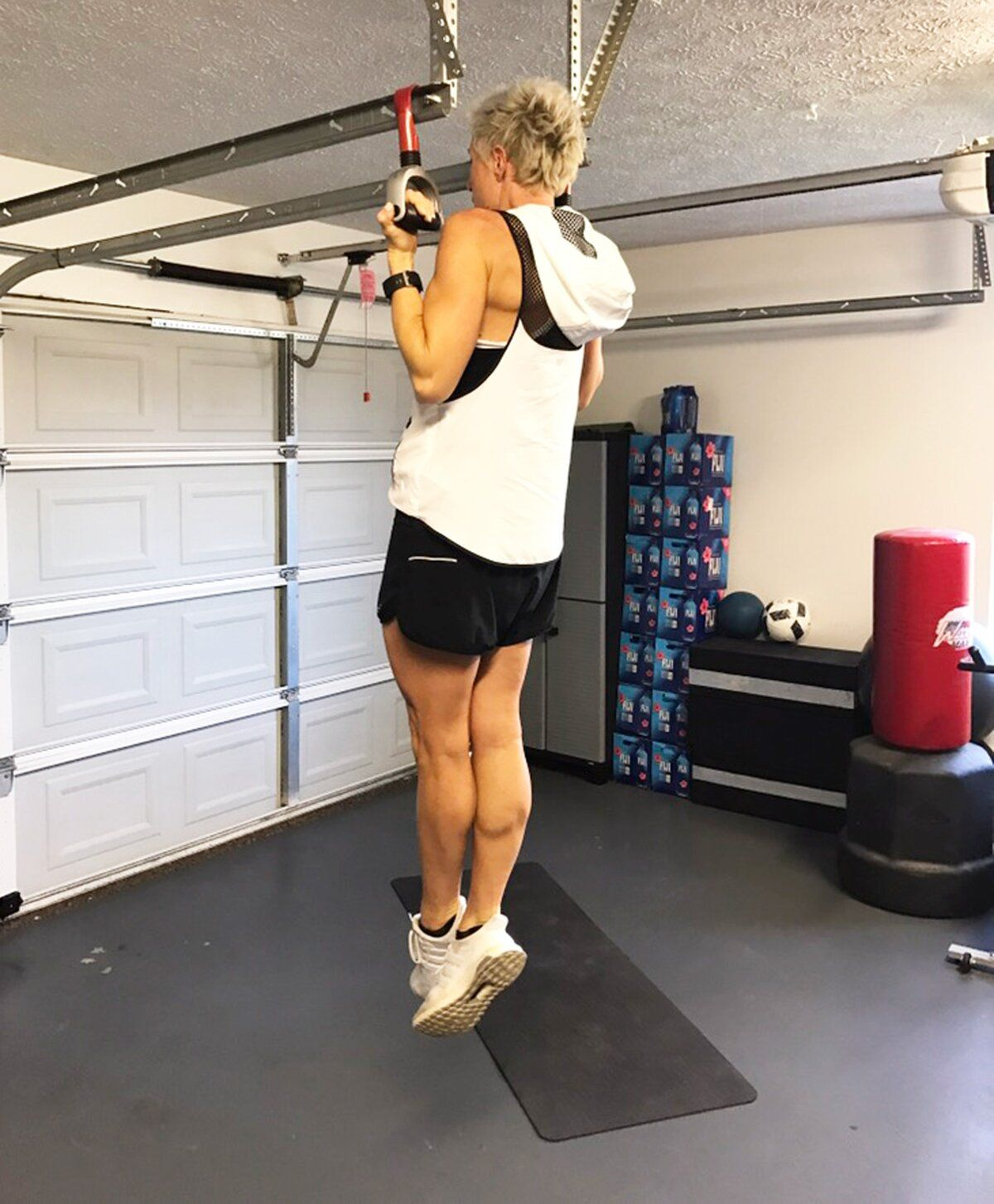 Arm workout in 4 moves from carrie underwoods trainer