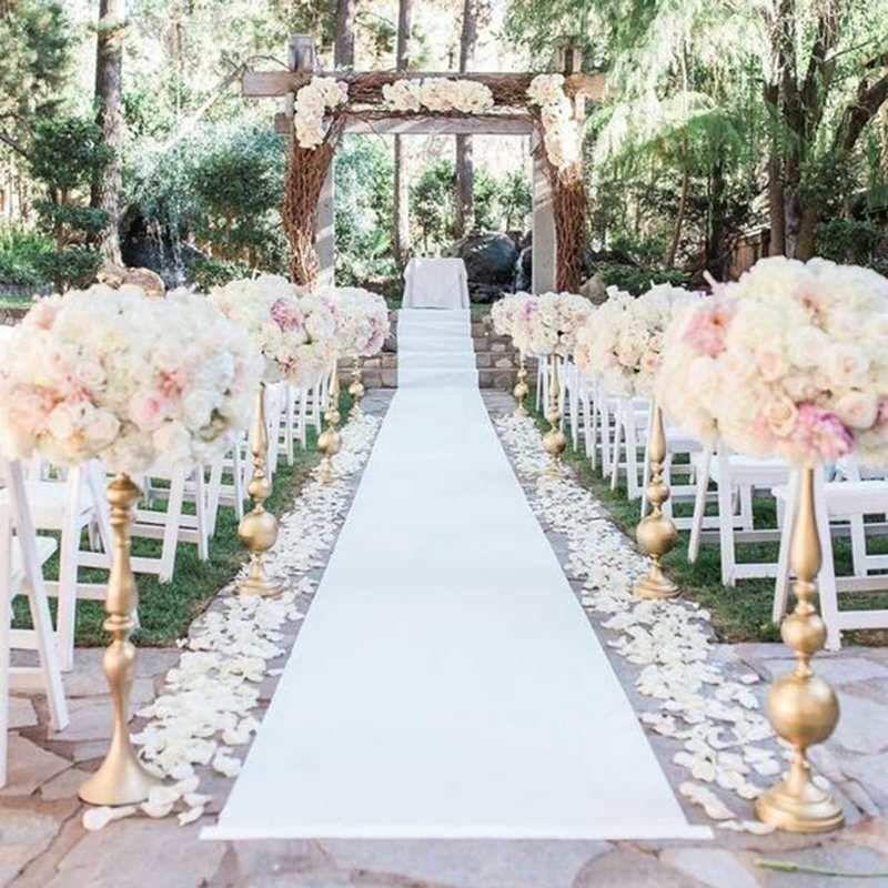 outdoor wedding carpet aisle runner