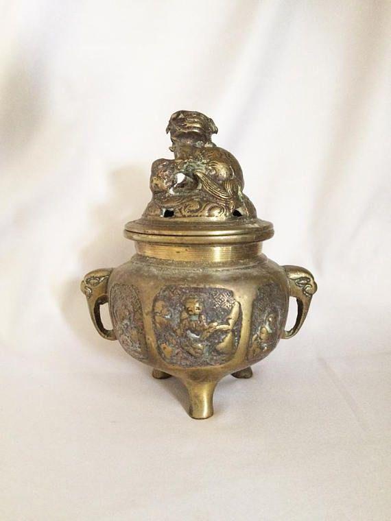 China handmade antique brass Elephant  Flower lid Incense burner