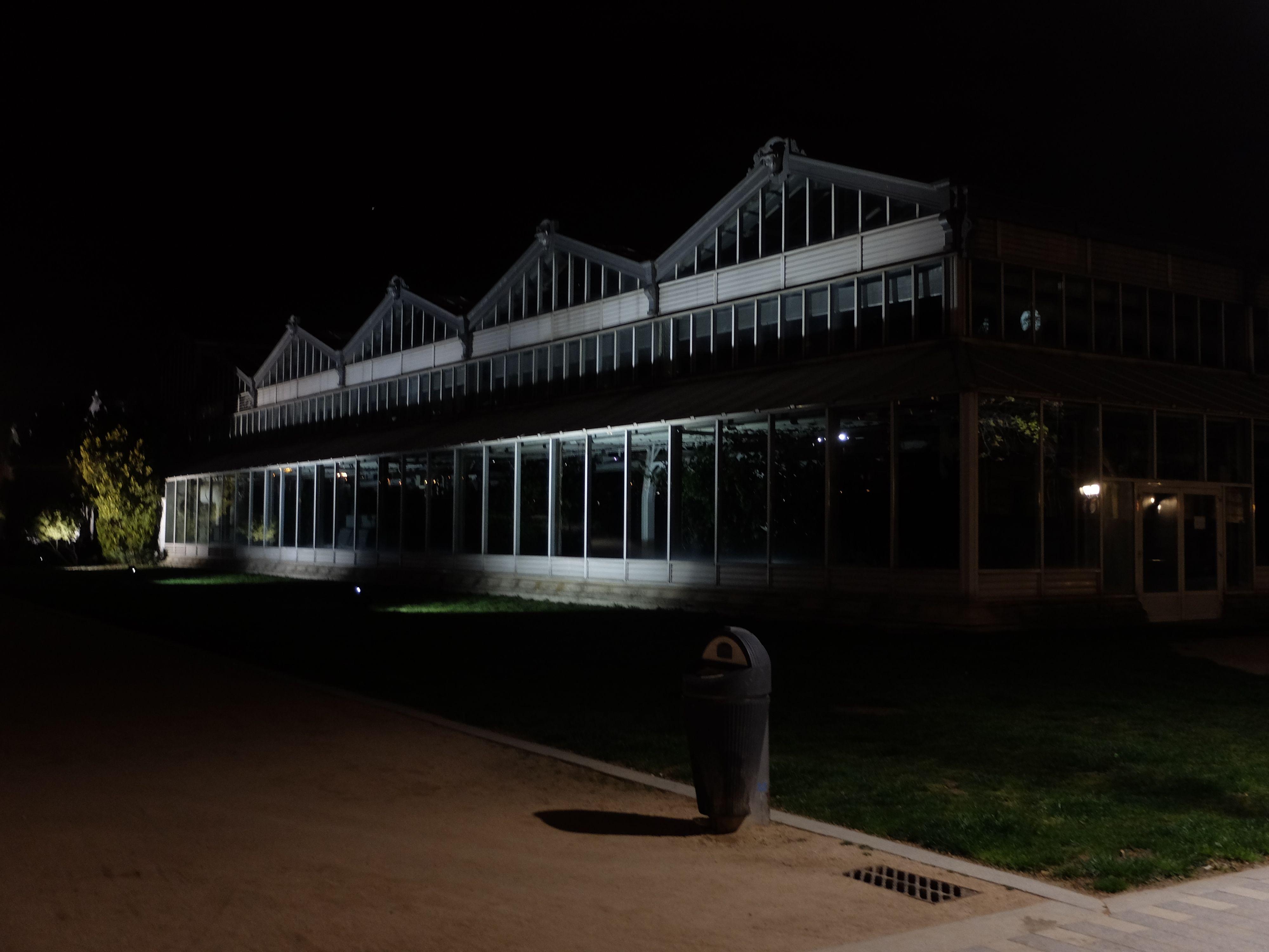 Palacio de Cristal ( Invernadero )