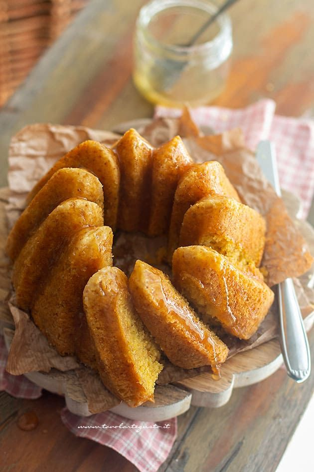 Photo of Ciambellone al limone soffice, profumato, facilissimo! (Ciambella