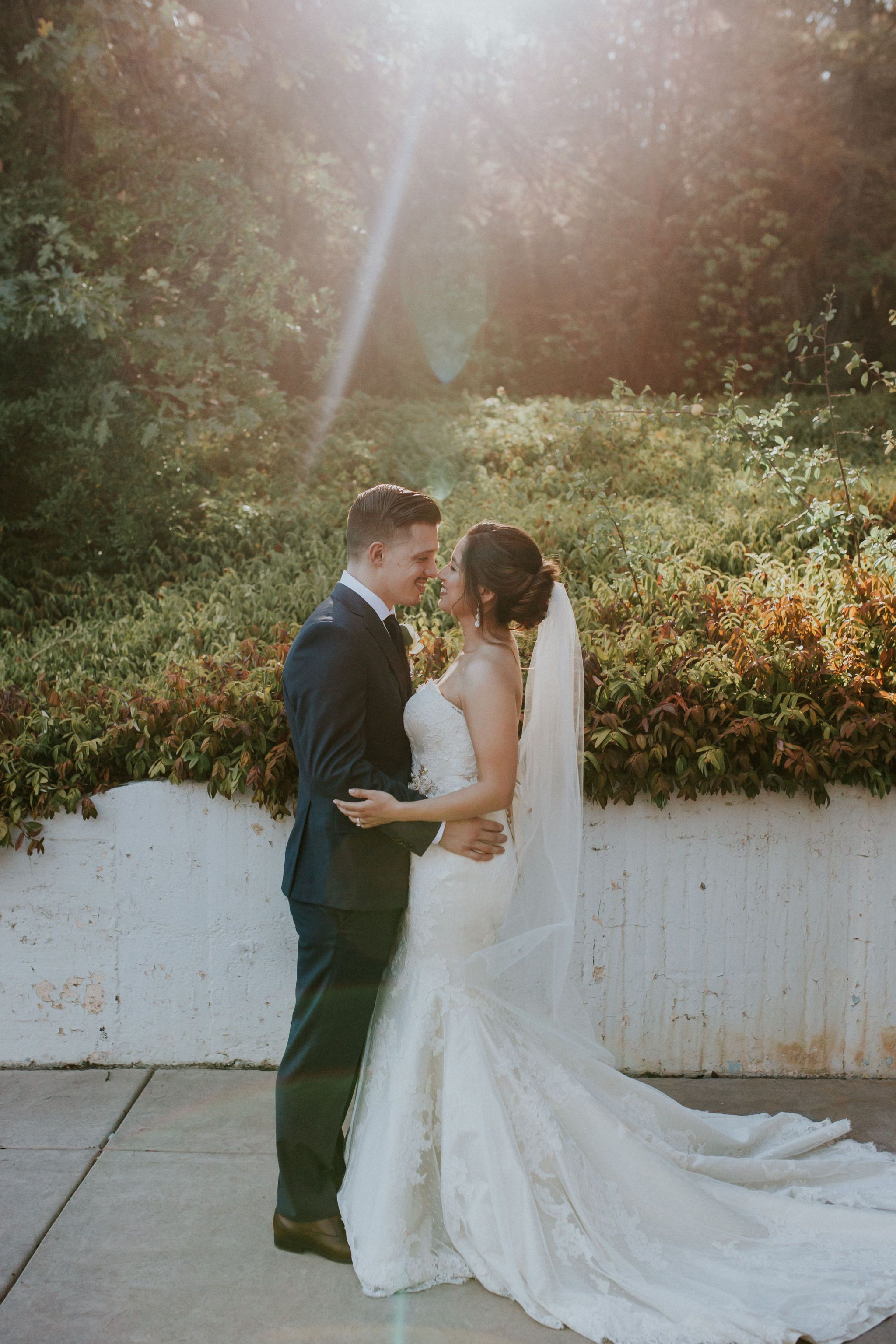 Pin By Monte Verde Inn Events On Picture Perfect Northern California Wedding Photography Sacramento Wedding Photographers Romantic Photos