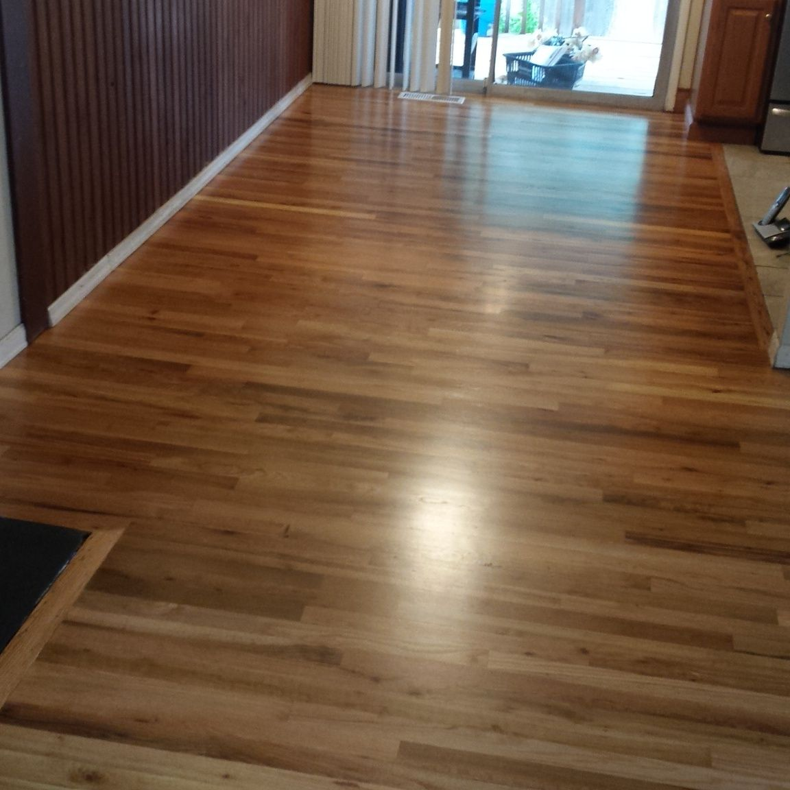 Red Oak With Conversion Varnish Red Oak Floors Oak Hardwood Flooring Red Oak Hardwood Floors