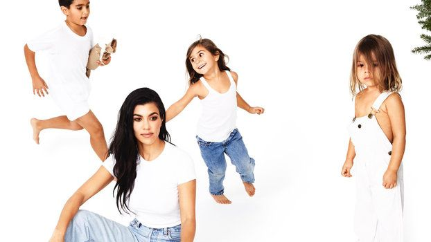 See Every Photo From The Kardashians 25 Days Of Christmas
