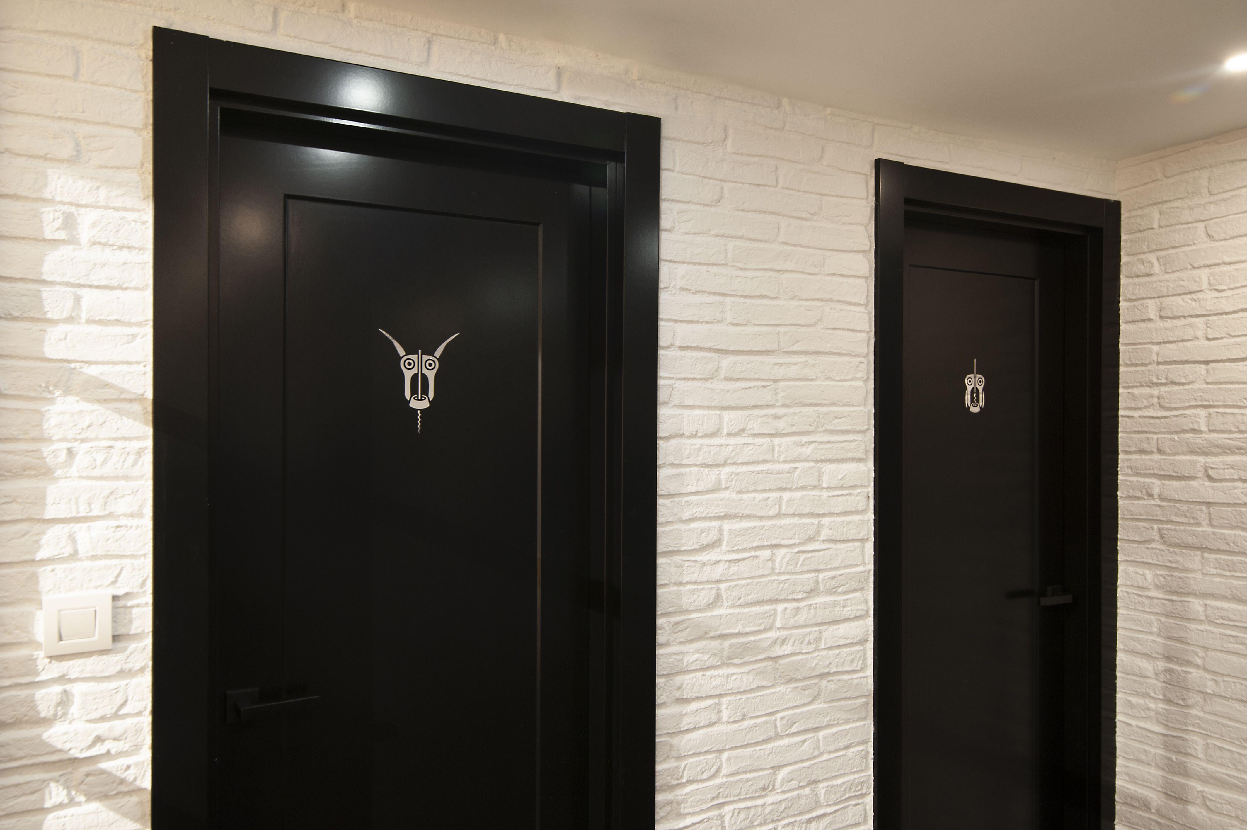 Original indicativo en puertas de cuartos de baño   Cuarto ...