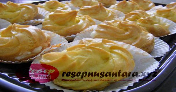 Resep Kue Sus Enak Lembut Resep Dan Cara Paling Mudah Membuat Kue Sus Yang Enak Bagi Pemula Resep Makanan Ringan Manis Resep Kue