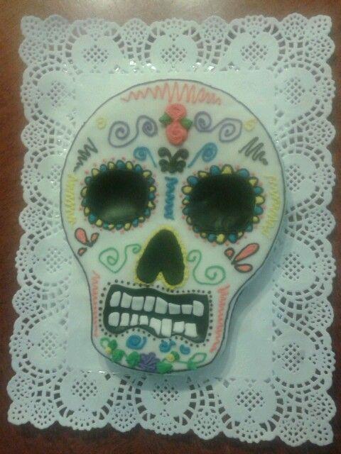 Skull cake by Jacqueline.
