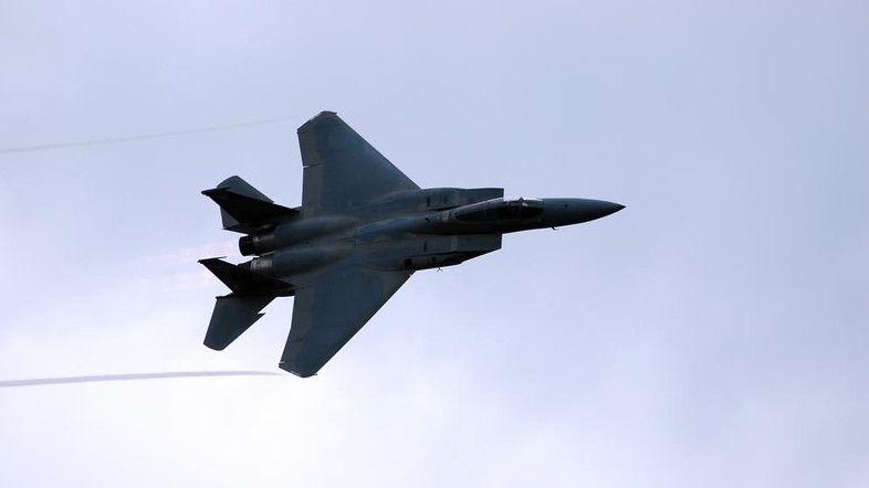U.S. aircraft strike ISIS artillery in Iraq